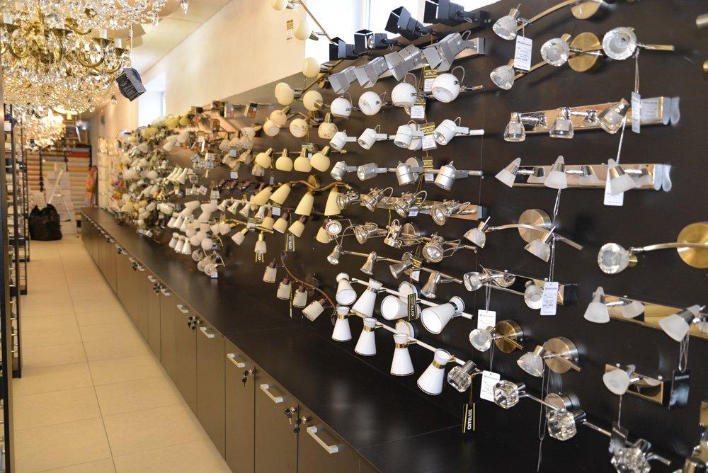 Люстры в Люблино. Купить осветительные приборы в ТЯК Москва
